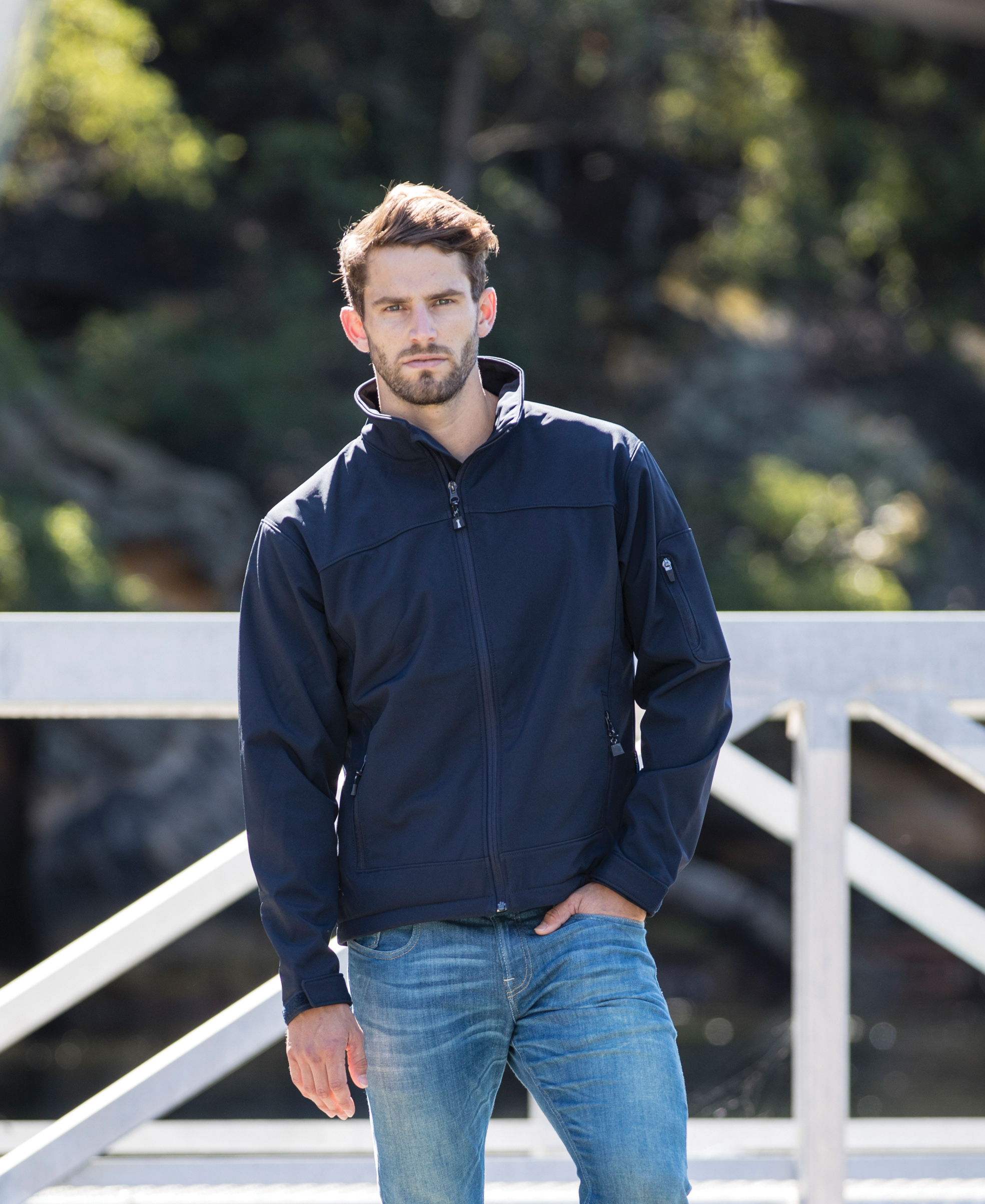 Beacon Perkins Wind and Water Repellent Softshell Jacket in Navy