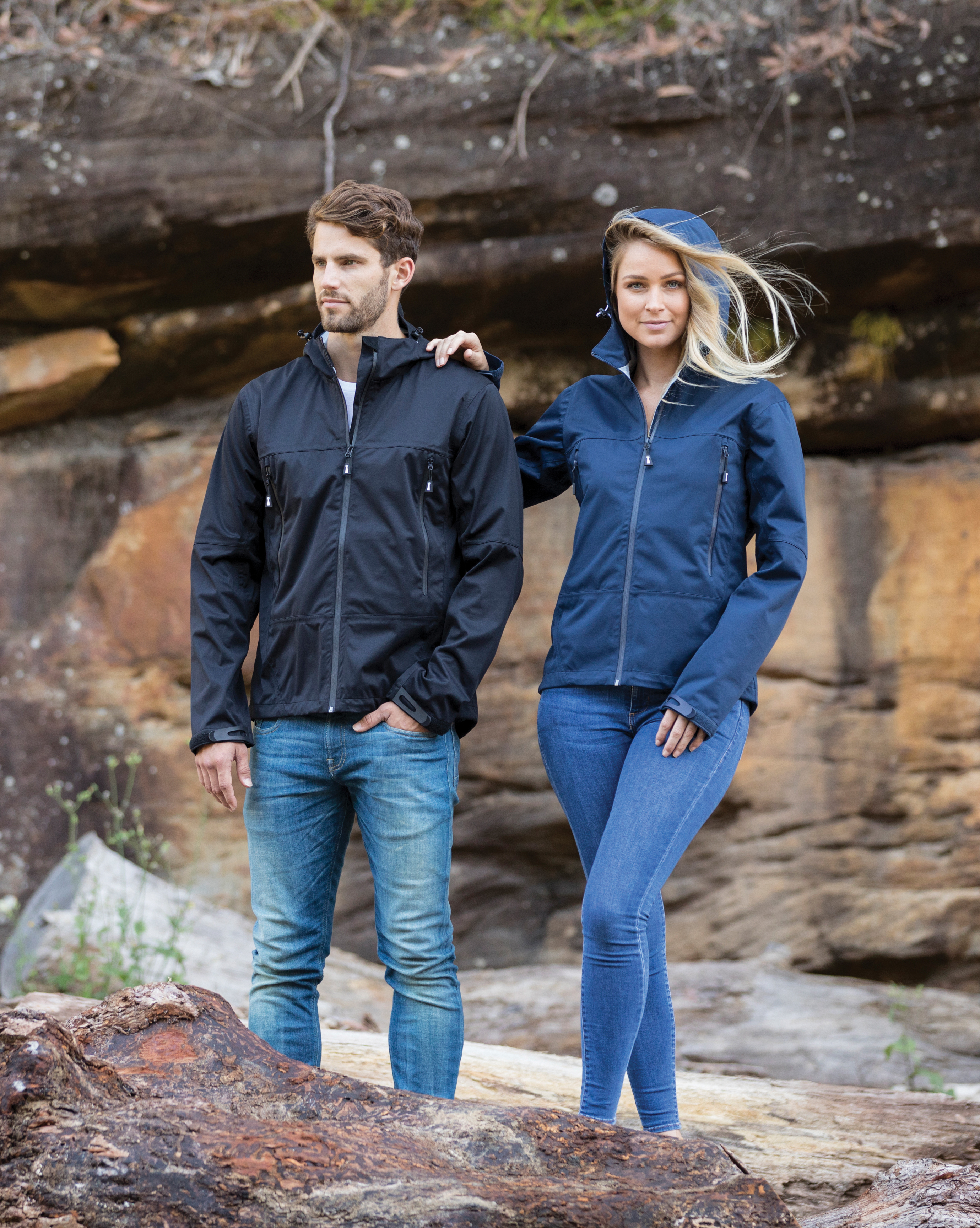 Beacon Unisex Wind and Waterproof 3-Layers Shell Jacket in Black and Navy